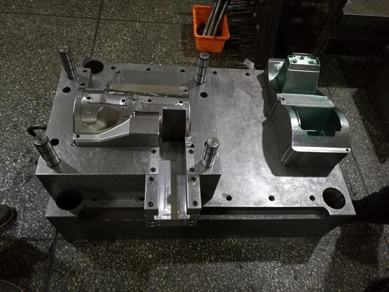 Body-Building-Apparatus plastic injection mold